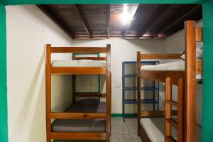 A bunk bed or bunk beds in a room at Caza Olas