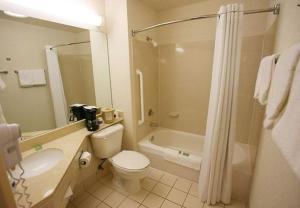 A bathroom at Fairfield Inn Ontario