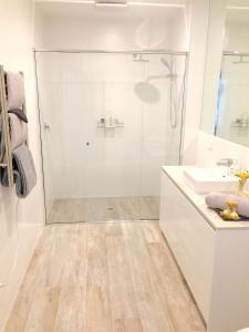 A bathroom at 7 & 8 Monte Vista Sorrento