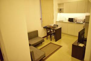 A kitchen or kitchenette at Residence Colombo 03