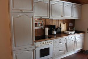 Küche/Küchenzeile in der Unterkunft Ferienwohnung Landhausliebe