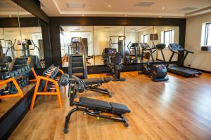 The fitness centre and/or fitness facilities at Wyndham Grand Tbilisi