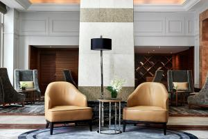 A seating area at Brisbane Marriott Hotel