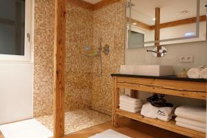 Ein Badezimmer in der Unterkunft Apartment Scurcià 41