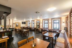 Restaurace v ubytování Hotel Perla Jizery