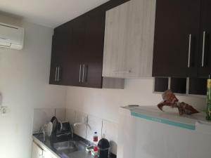 A kitchen or kitchenette at Casa Barra Nova