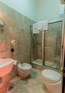 A bathroom at Hotel Diamond