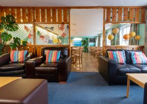 A seating area at Ullapool Youth Hostel
