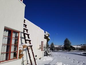 Apache Lodge during the winter
