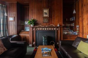 The lobby or reception area at Gairloch Sands Youth Hostel