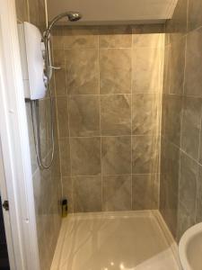 A bathroom at Studio Flat Near Hatfield Station