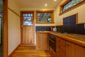A kitchen or kitchenette at Kahere Retreat