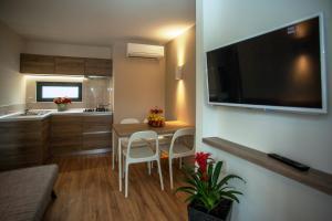 TV a/nebo společenská místnost v ubytování Plitvice Holiday Resort