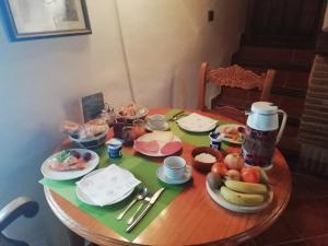 Opciones de desayuno disponibles en B&B the lost Village el Acebuchal