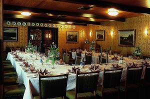 En restaurant eller et andet spisested på St. Binderup Kro