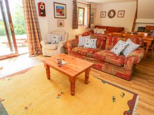 A seating area at Corky's Cottage