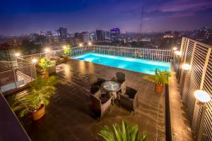 A view of the pool at Long Beach Suites Dhaka or nearby