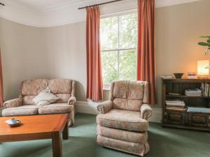 A seating area at 36 Highgate