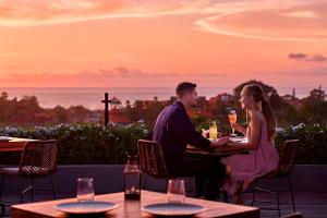 A restaurant or other place to eat at Four Points by Sheraton Bali, Seminyak