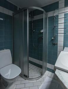 Ett badrum på Hotell Alfred Nobel