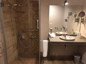 Un baño de Palacio Almagra