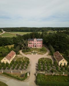 Ett flygfoto av Hoby Kulle Herrgård