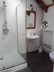 Een badkamer bij BenB Groningen