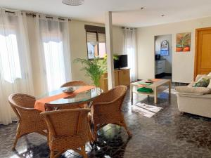 Zona de estar de Apartamento diáfano y luminoso en Onil