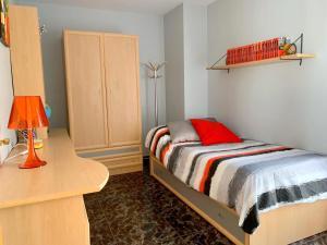 Cama o camas de una habitación en Apartamento diáfano y luminoso en Onil