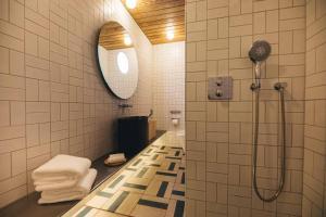 Salle de bains dans l'établissement Hotel K5