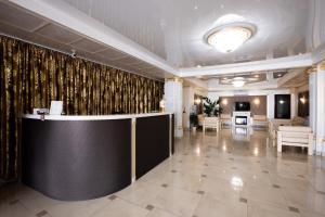 Лобби или стойка регистрации в Hotel Pokrovsk