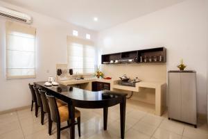 Cucina o angolo cottura di The Radiant Hotel & Spa