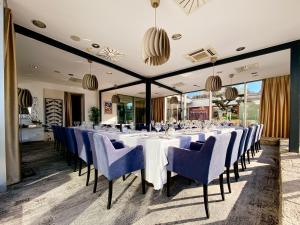 A restaurant or other place to eat at Boutique Hotel Portorose