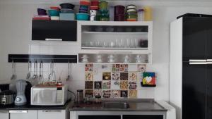 A kitchen or kitchenette at CASA PARA TEMPORADA