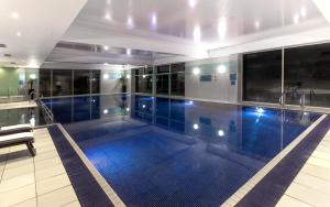 The swimming pool at or near Crowne Plaza Marlow