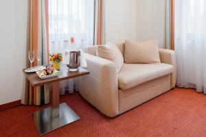 A seating area at Bükkös Hotel & Spa