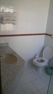 A bathroom at Mato Grosso Palace Hotel