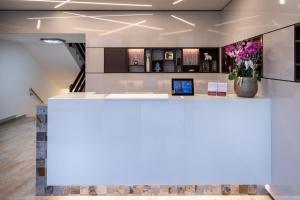 Лобби или стойка регистрации в Hotel Stadt Heidelberg