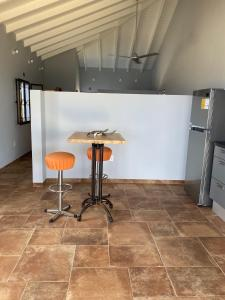 A cozinha ou cozinha compacta de Sol Patch at Jeremi #1