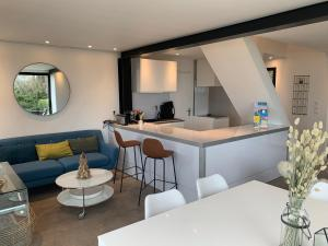 A kitchen or kitchenette at Le Carré