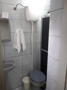 A bathroom at Residencial Menino Deus
