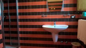 A bathroom at Bellaria Relais