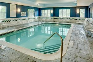 The swimming pool at or near Homewood Suites by Hilton Portsmouth