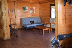 A seating area at Bungalows Park Albufera