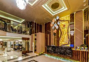 Лобби или стойка регистрации в Beethoven Senfoni Hotel