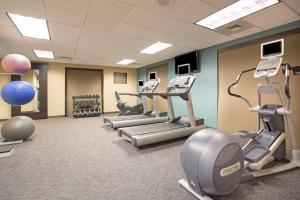 The fitness center and/or fitness facilities at Capitol Plaza Hotel Topeka