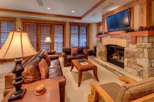 A seating area at East West Hospitality at Tahoe