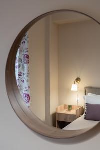 Postel nebo postele na pokoji v ubytování Absolute Athens XI