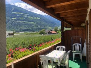 Ein Balkon oder eine Terrasse in der Unterkunft Pixnerhof - Ferienwohnung Golden
