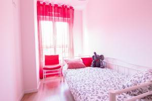 Cama o camas de una habitación en Telmo's Home con parking incluido